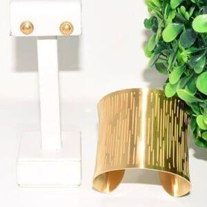 ⚜️HOST PICK⚜️Wide Cuff Bracelet and stud earrings
